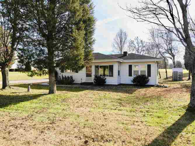 2240 E State Rd 64 Highway Huntingburg, IN 47542 | MLS 201951525