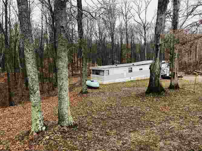 669 ARMSTRONG STATION RD Bedford, IN 47421 | MLS 201951534 | photo 1