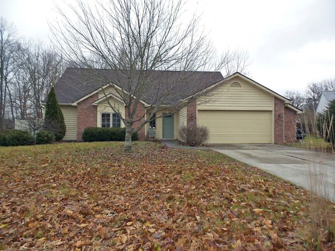 2814 Shady Hollow Place Fort Wayne, IN 46818-8872 | MLS 201951645 | photo 1
