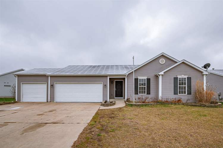 1605 Sky Valley Court Osceola, IN 46561-8430   MLS 201951685   photo 1