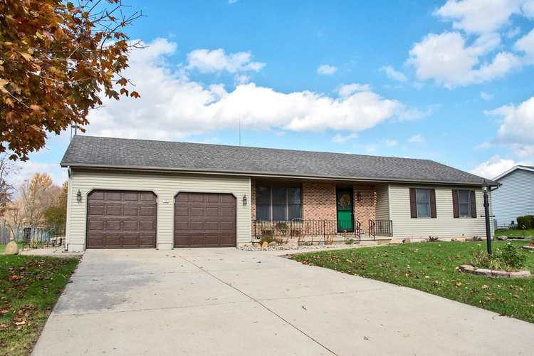 1038 E North Winds Drive Warsaw, IN 46582-7651   MLS 201951723