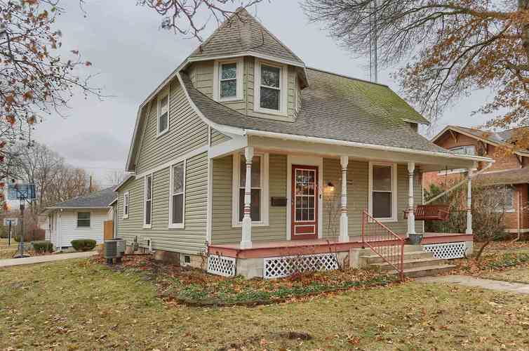 313 N Wayne Street North Manchester, IN 46962 | MLS 201951855