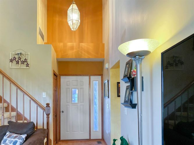3038 Trappers Cove Huntington, IN 46750 | MLS 201951995 | photo 11