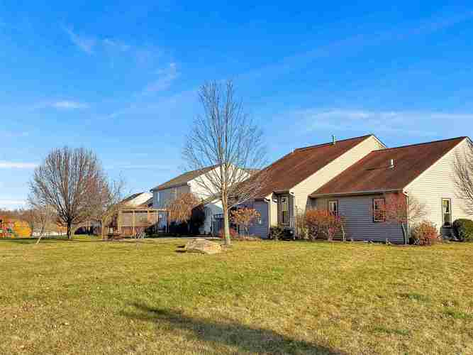3038 Trappers Cove Huntington, IN 46750 | MLS 201951995 | photo 27
