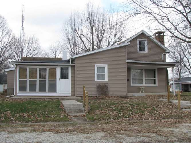 208 N Beckley Street North Manchester, IN 46962   MLS 201952349