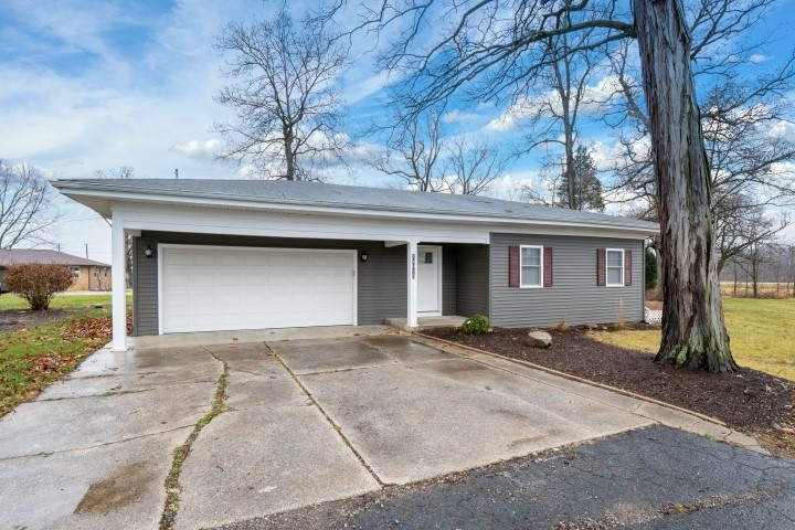 14015 Old US 24 Highway New Haven, IN 46774 | MLS 201952377 | photo 1