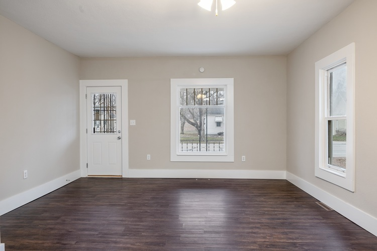 308 S Main St S South Whitley, IN 46787 | MLS 201952506 | photo 10