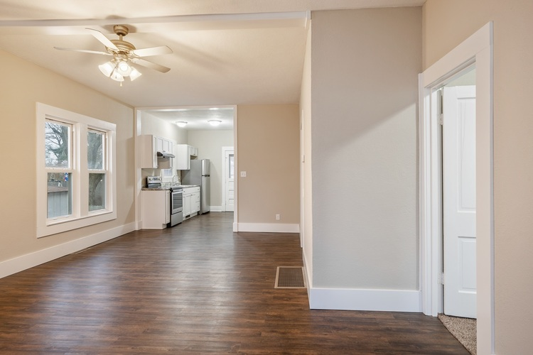 308 S Main St S South Whitley, IN 46787 | MLS 201952506 | photo 12