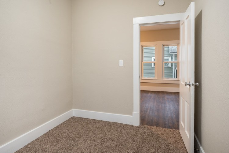 308 S Main St S South Whitley, IN 46787 | MLS 201952506 | photo 26