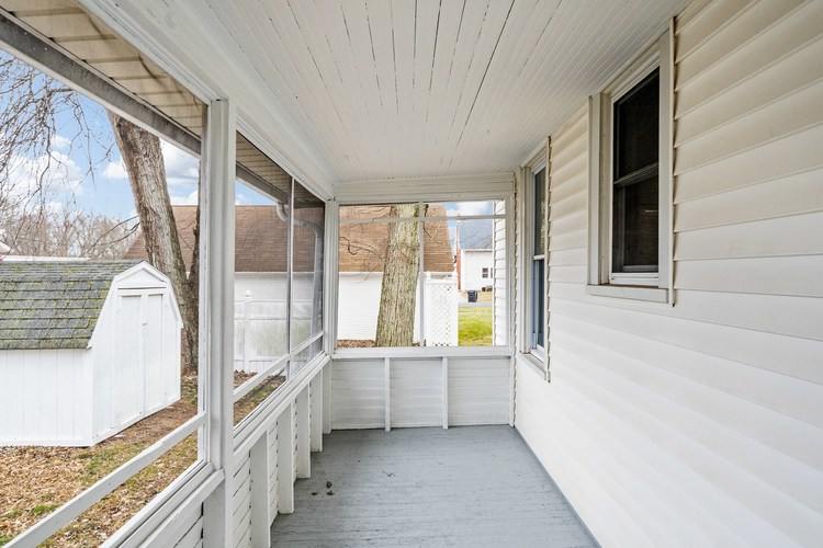 308 S Main St S South Whitley, IN 46787 | MLS 201952506 | photo 6