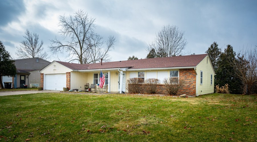 6924 Selkirk Drive Fort Wayne, IN 46816-4155 | MLS 201952509 | photo 2
