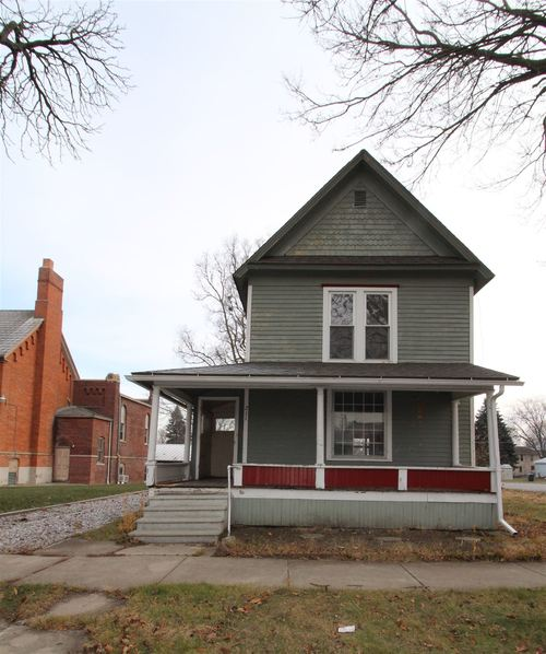 211 S State Street S Kendallville, IN 46755   MLS 201952511   photo 4