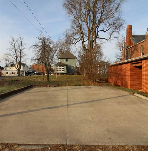 211 S State Street S Kendallville, IN 46755   MLS 201952511   photo 6