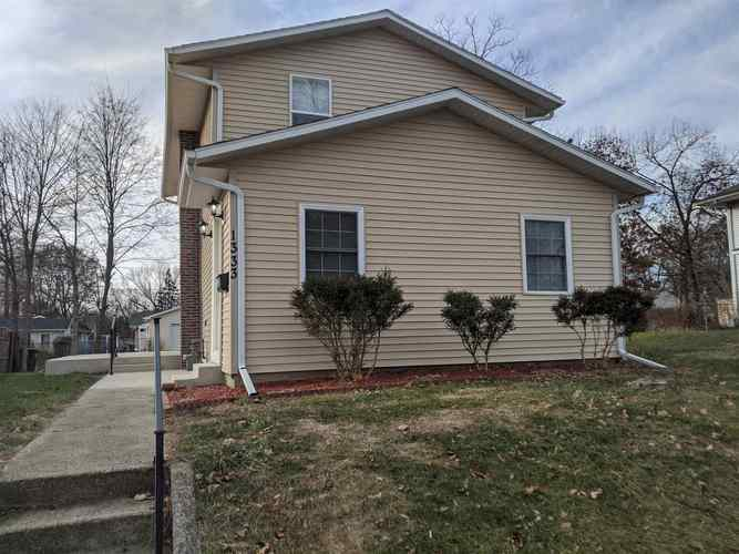 1333 S 32nd Street South Bend IN 46615 | MLS 201952597 | photo 1