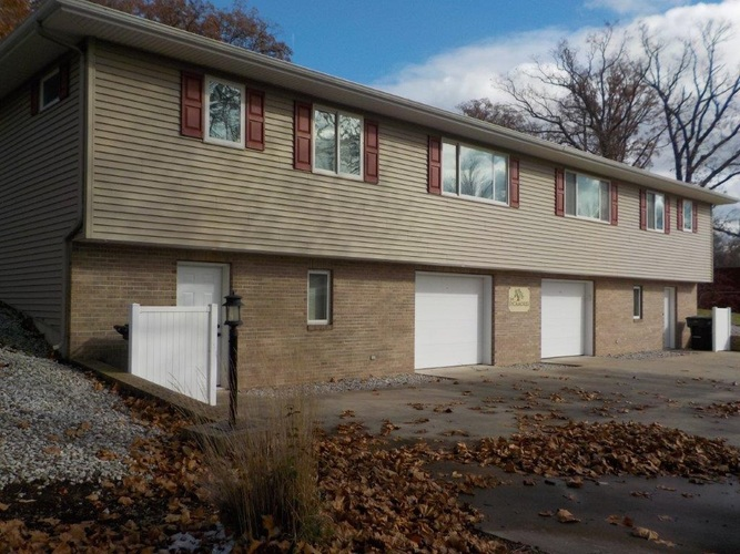 913 S Main Street S #North unit North Webster, IN 46555 | MLS 201952647 | photo 1