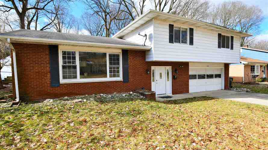 1160 Echo Drive South Bend, IN 46614-2140   MLS 201952856   photo 1