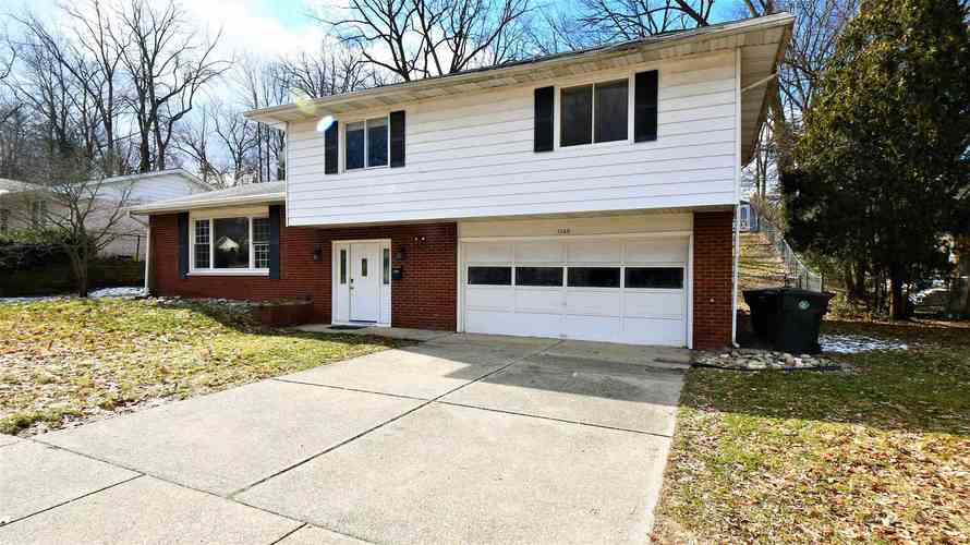 1160 Echo Drive South Bend, IN 46614-2140   MLS 201952856   photo 2