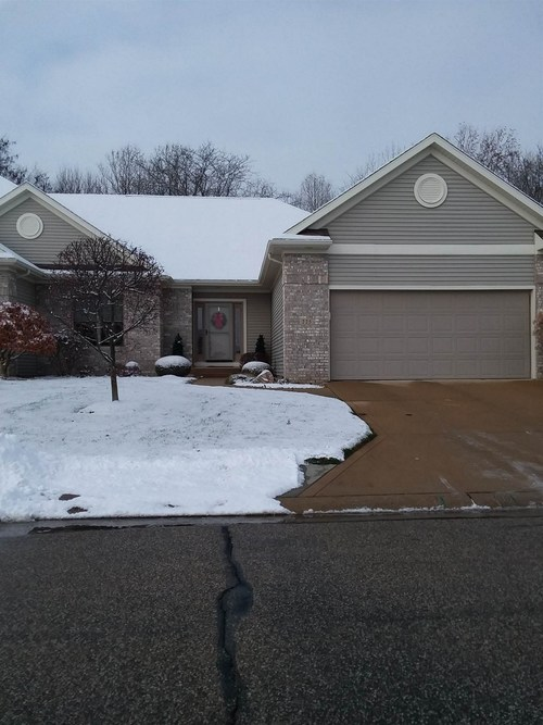225 River Park Drive Middlebury, IN 46540 | MLS 201952882 | photo 1