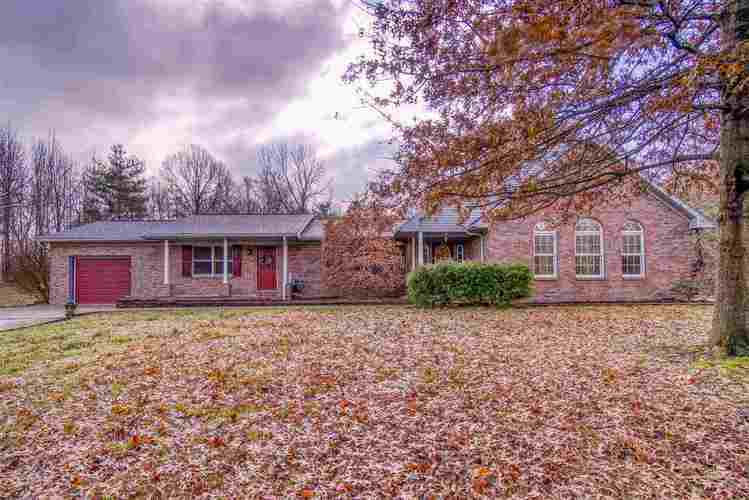 599 W New Hope Road W Boonville, IN 47601 | MLS 201953101 | photo 1