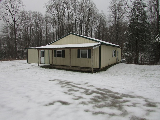 5474  mobley Drive Spencer, IN 47460   MLS 201953141