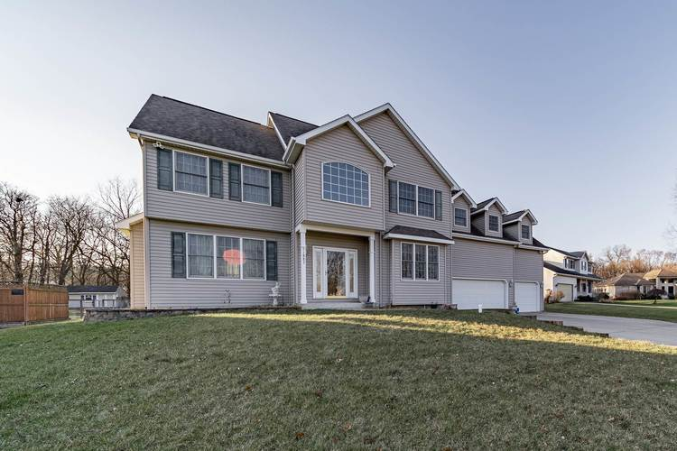 51883  Lake Court Granger, IN 46530 | MLS 201953247