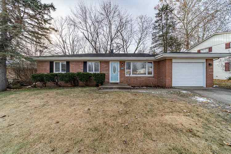 2212 Council Oak Drive South Bend, IN 46628-3432 | MLS 201953315 | photo 1