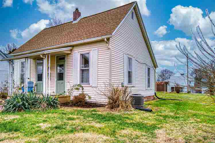 809 S Fifth Street Boonville IN 47601 | MLS 201953477 | photo 1