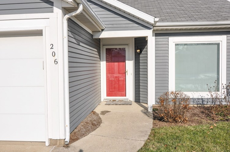 206 Westview Circle West Lafayette, IN 47906 | MLS 201953555 | photo 2