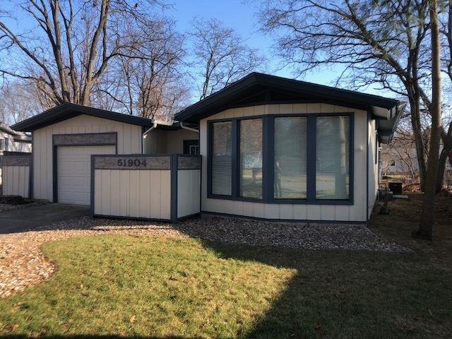 51904 Downey Street Street Elkhart, IN 46514 | MLS 201953639 | photo 1