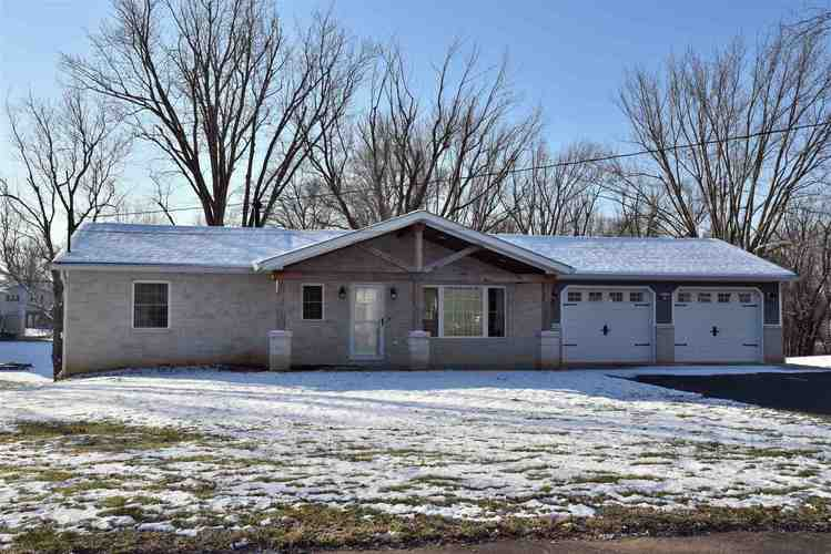 390  Hickory Heights Drive Bedford, IN 47421-7434 | MLS 201953711