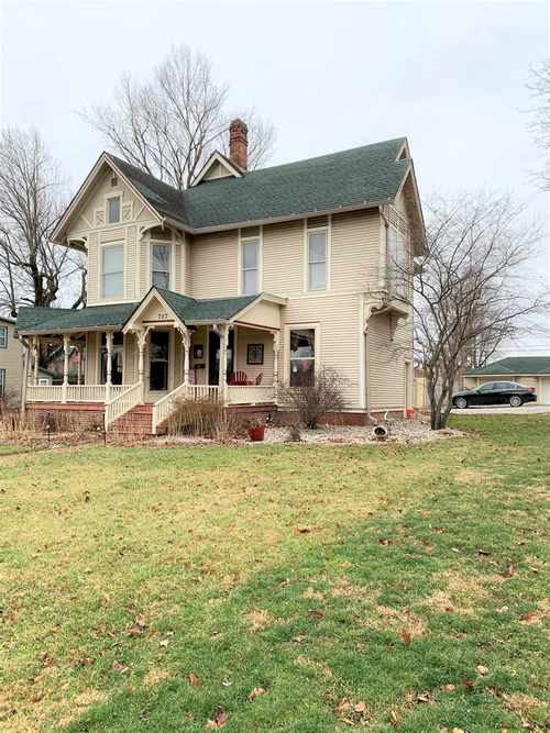 707 S Water Street Crawfordsville, IN 47933 | MLS 201953776