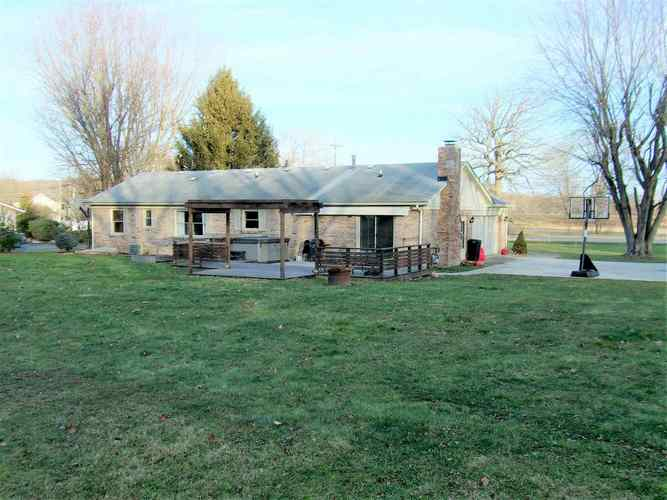 3051 W Country Club Road W Crawfordsville, IN 47933 | MLS 202000144 | photo 2