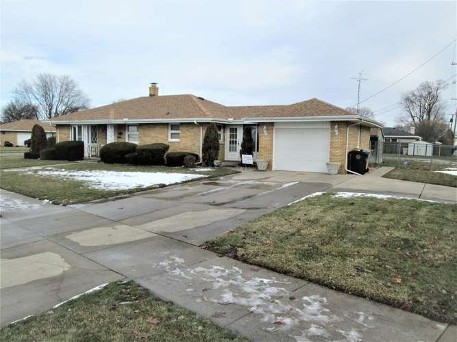 506 S Lombardy Drive South Bend IN 46619-2744 | MLS 202000213 | photo 10