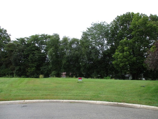 329 Whispering Lane South Whitley, IN 46787   MLS 202000364   photo 2