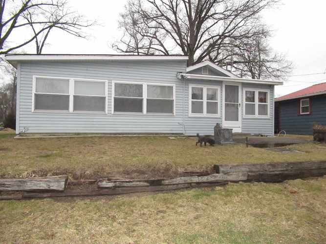 2690 S lakeside Drive Albion, IN 46701 | MLS 202000373