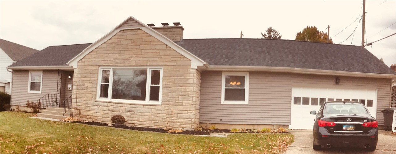 1608 Poinsette Drive Fort Wayne, IN 46808   MLS 202000528   photo 1