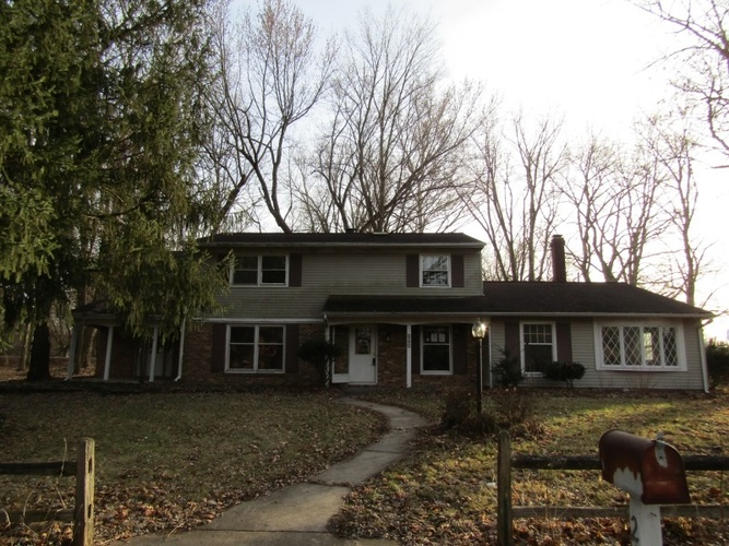207  Damron Drive North Manchester, IN 46962   MLS 202000564