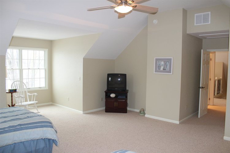 10099 N Holiday Point N Rome City, IN 46784 | MLS 202000577 | photo 20