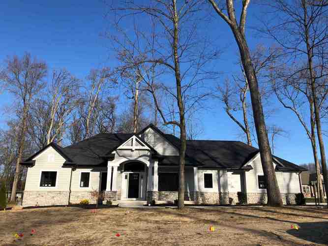 19679 Whispering Woods Drive Bristol IN 46507 | MLS 202000714 | photo 1