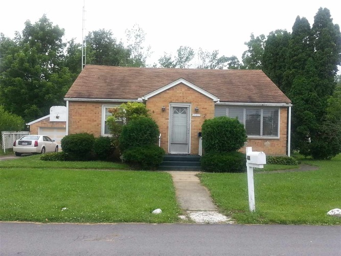 2103 S May Avenue Muncie, IN 47302 | MLS 202000729