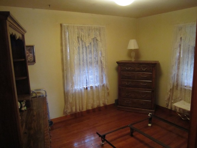 1635 W Indiana Avenue W South Bend, IN 46613-1450 | MLS 202000994 | photo 11