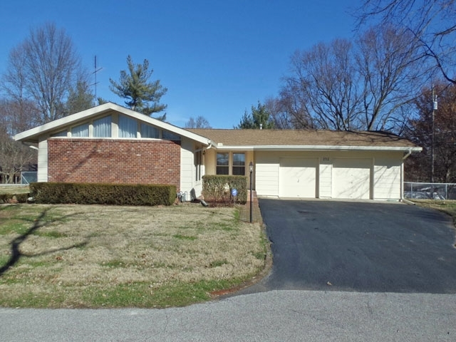 2712 N Miami Street N Vincennes, IN 47591 | MLS 202001052 | photo 1