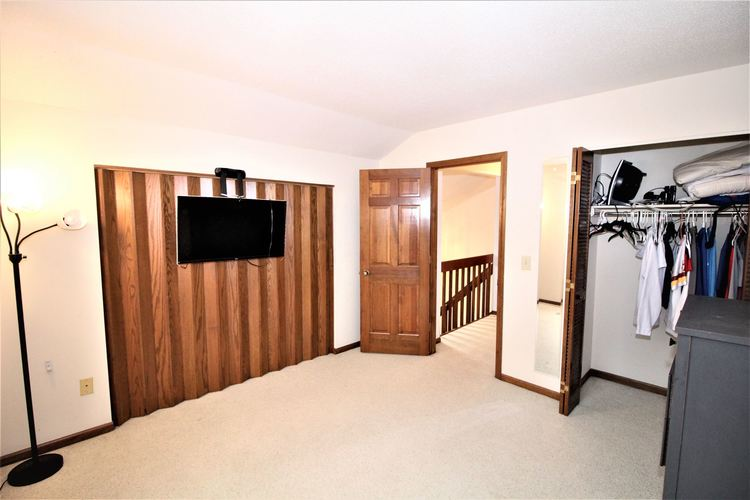 5937 Sawmill Woods Court #29 Fort Wayne, IN 46835 | MLS 202001098 | photo 15
