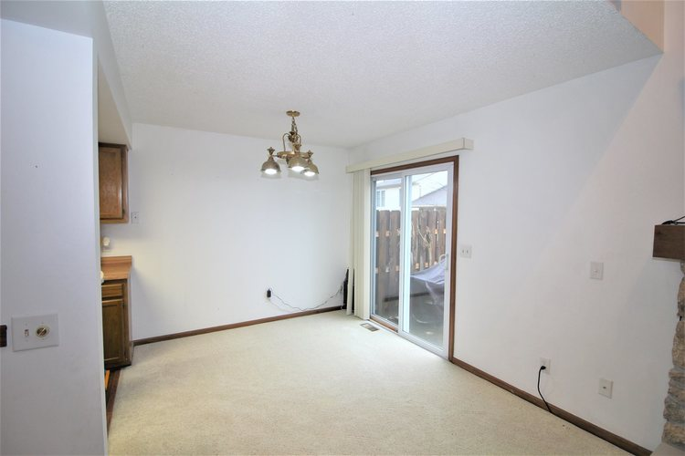 5937 Sawmill Woods Court #29 Fort Wayne, IN 46835 | MLS 202001098 | photo 7