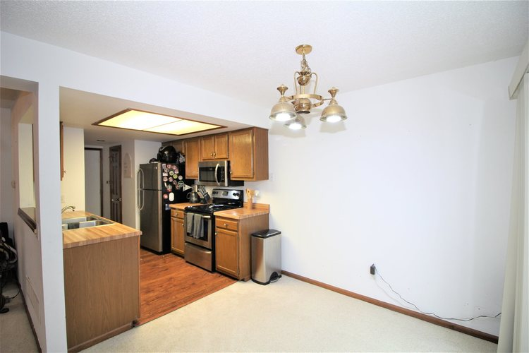 5937 Sawmill Woods Court #29 Fort Wayne, IN 46835 | MLS 202001098 | photo 8