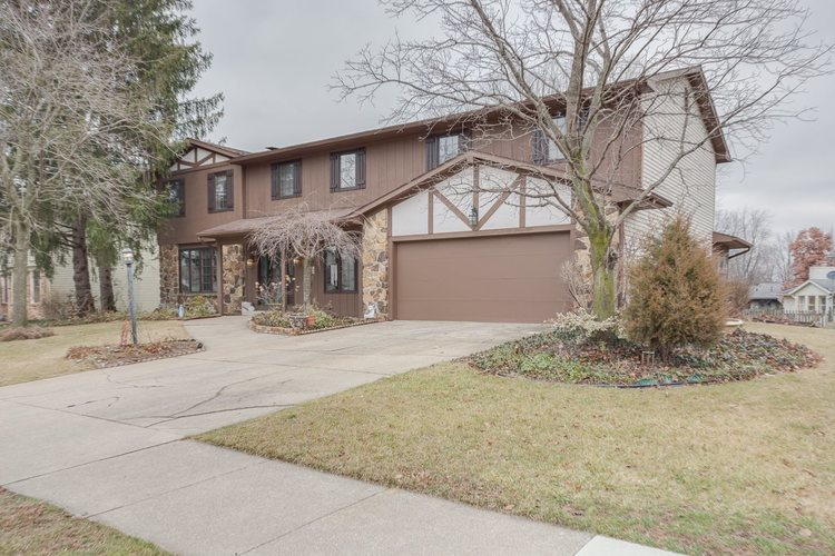 2013  Ransom Drive Fort Wayne, IN 46845-1434 | MLS 202001488