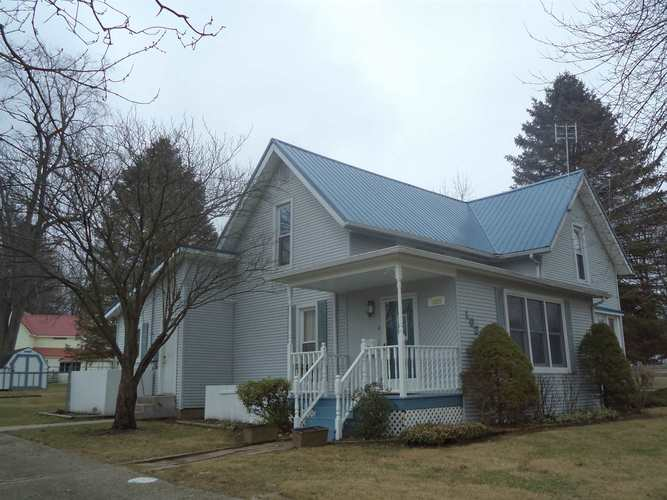 1020 N Huntington Street Syracuse, IN 46567 | MLS 202001546