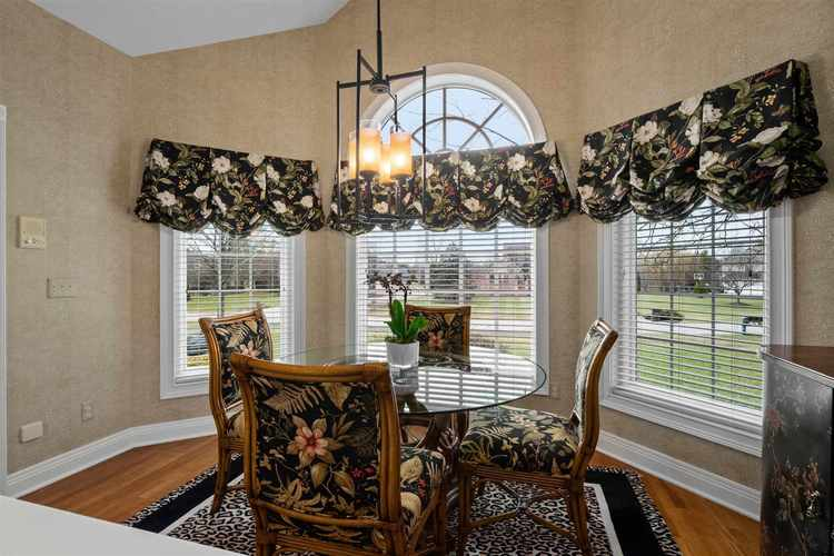 1521 Sycamore Hills Drive Fort Wayne, IN 46814-9303 | MLS 202001688 | photo 15