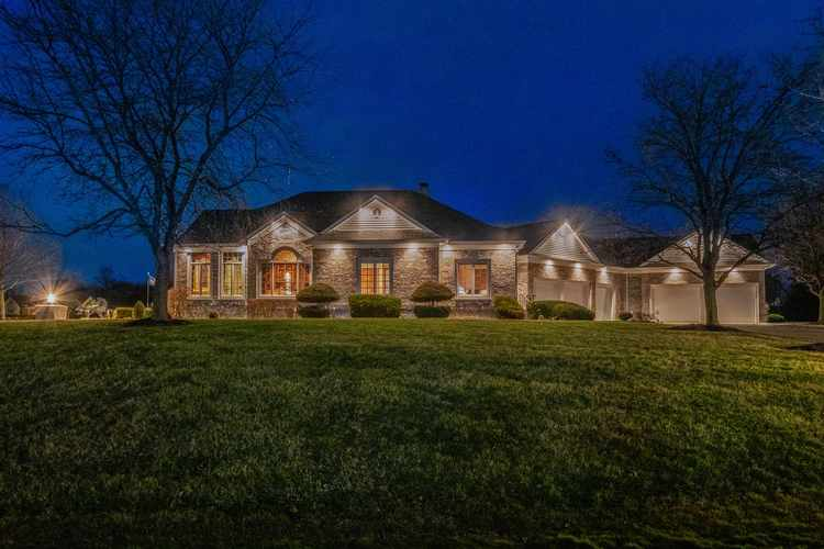 1521 Sycamore Hills Drive Fort Wayne, IN 46814-9303 | MLS 202001688 | photo 2