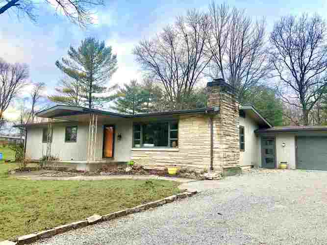 5220  Cresthill Drive Fort Wayne, IN 46804-4314 | MLS 202001710